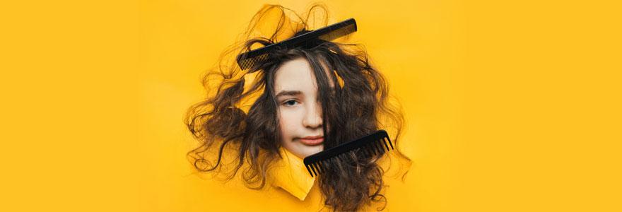 éviter les nœuds dans les cheveux